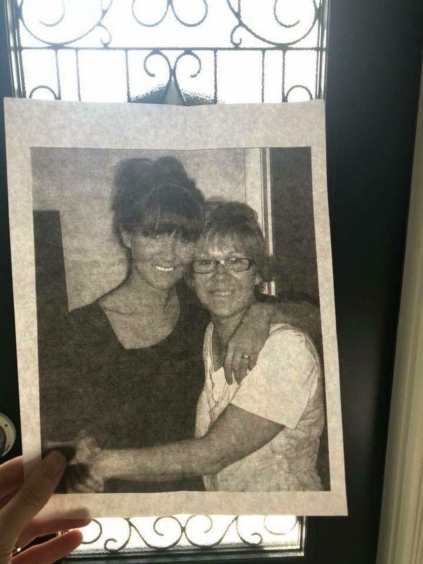 Το μυστικό γράμμα στον γάμο τους που της αποκάλυψε όταν πέθανε η μητέρα της