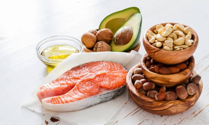 Αποτέλεσμα εικόνας για 10 τροφές με πολύ πρωτεΐνη και λίγους υδατάνθρακες που βοηθούν στη μείωση του βάρους
